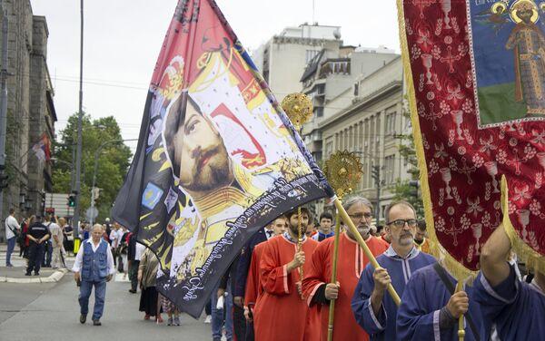 Застава са ликом Цара Николаја на литији - Sputnik Србија
