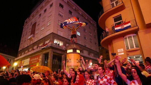 Велико славље у Загребу на дочеку фудбалера - Sputnik Србија