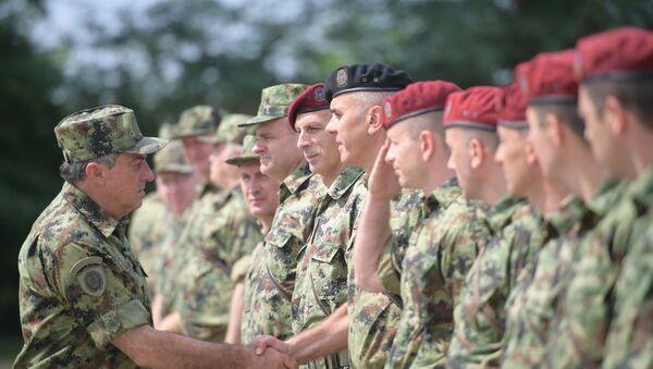 Načelnik Generalštaba Vojske Srbije general Ljubiša Diković obišao je danas, deo jedinica Kopnene vojske i Ratnog vazduhoplovstva i PVO u garnizonu Niš. - Sputnik Srbija