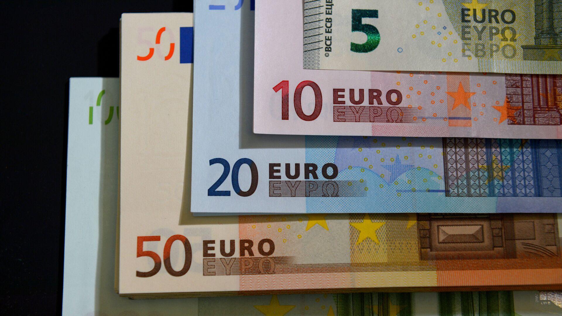 Novčanice evra različite vrednosti - Sputnik Srbija, 1920, 02.09.2021