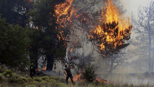 Požar blizu Atine, Grčka 23. jul 2018. godine - Sputnik Srbija