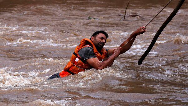 Индија, поплаве - Sputnik Србија