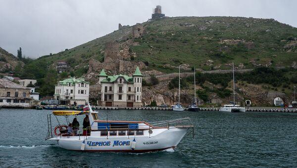 Pogled na Genovsku tvrđavu na Krimu - Sputnik Srbija