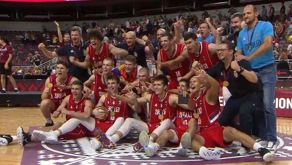 Juniori Srbije prvaci Evrope u košarci - Sputnik Srbija