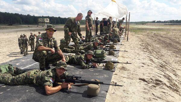 S obzirom da su se takmičili puškama koje do sad nisu imali u rukama, naši snajperisti ostvarili su sjajan rezultat. - Sputnik Srbija