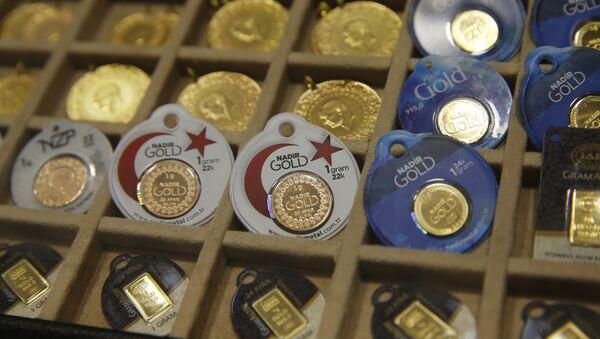 Због пада лире у Турској се продају златни новчићи - Sputnik Србија