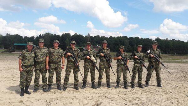 Екипа која је представљала Војску Србије на Снајперској граници у Белорусији. - Sputnik Србија