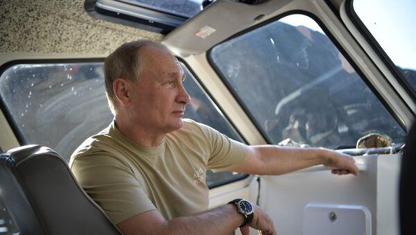 Руски председник Владимир Путин у Туви - Sputnik Србија