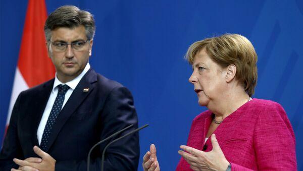 Andrej Plenković i Angela Merkel - Sputnik Srbija