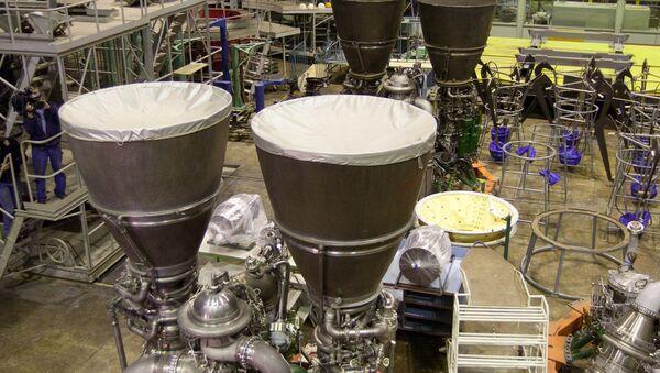 """Руски ракетни мотори РД-180, произведени у фабрици """"Енергомаш"""" - Sputnik Србија"""