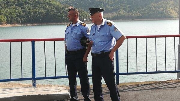 Припадници КПС на брани Газиводе - Sputnik Србија