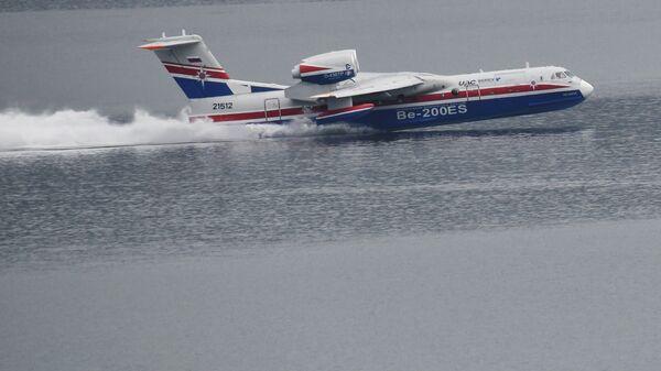 Avion-amfibija Ministarstva za vanredne situacije Rusije Be-200ČS - Sputnik Srbija
