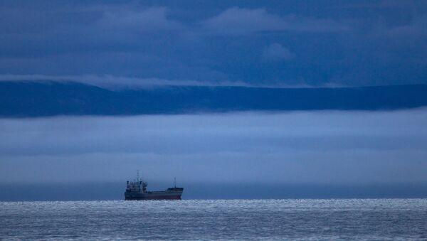 Брод у Источном сибирском мору на Северном морском путу - Sputnik Србија