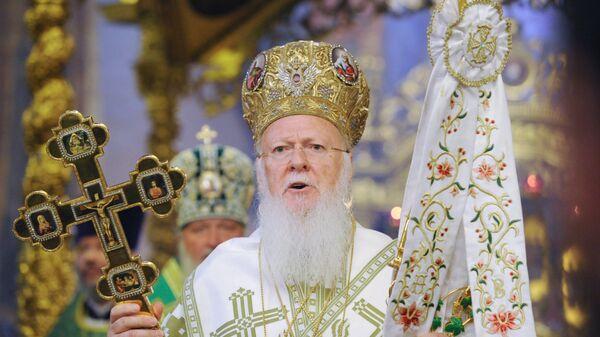 Vaseljenski patrijarh Vartolomej tokom liturgije - Sputnik Srbija