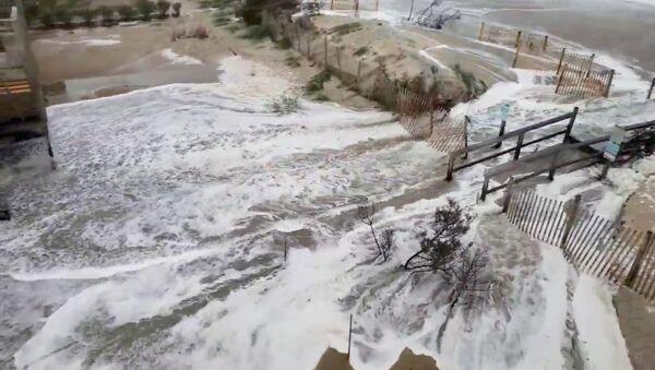 Posledice uragana Florens - Sputnik Srbija