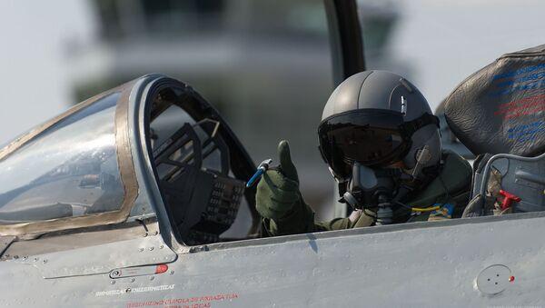 Vojni pilot - Sputnik Srbija