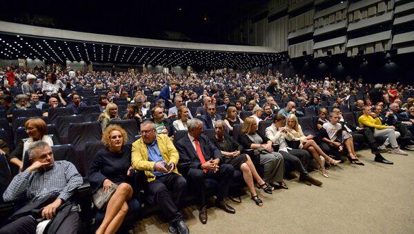 Publika na zatvaranju Bitefa - Sputnik Srbija