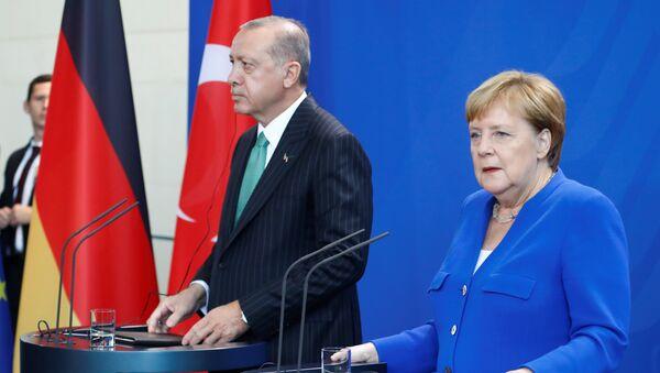Nemačka kancelarka Angela Merkel i predsednik Turske Redžep Tajip Erdogan - Sputnik Srbija