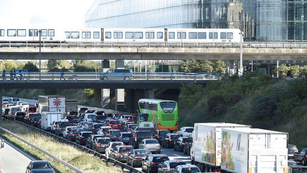 Gužve koje su napravile u Kopenhagenu zbog policijske akcije blokiranje mostova, Danska, 28.09.2018 - Sputnik Srbija