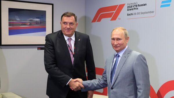 Predsednik Republike Srpske Milorad Dodik i predsednik Rusije Vladimir Putin na sastanku u Sočiju - Sputnik Srbija