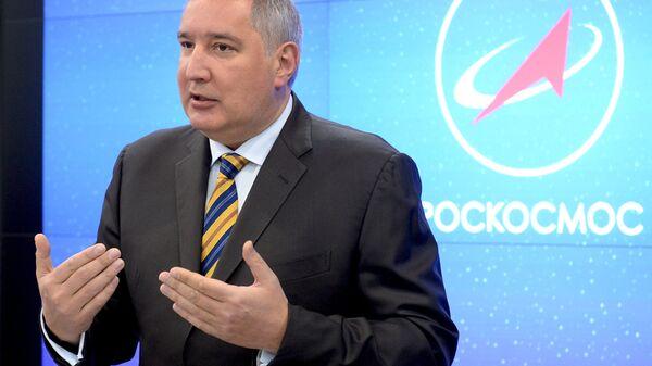 Direktor Roskosmosa Dmitrij Rogozin - Sputnik Srbija