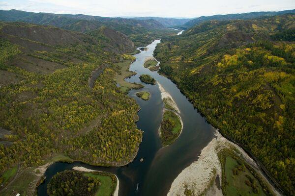 Јесења палета: Од бескрајних пољана Сибира, до кристалних језера арктичког севера - Sputnik Србија