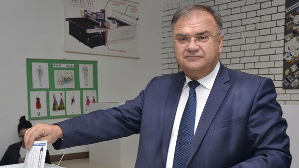 Српски члан Председништва БиХ Младен Иванић гласа у Бањалуци - Sputnik Србија