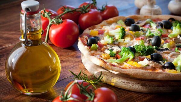 Пица с маслинама и броколијем - Sputnik Србија