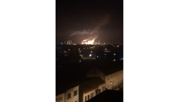 Eksplozija u rafineriji u Brodu - Sputnik Srbija