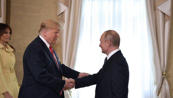 Sastanak predsednika SAD i Rusije, Donald Tramp i Vladimir Putin, u Helsinkiju - Sputnik Srbija