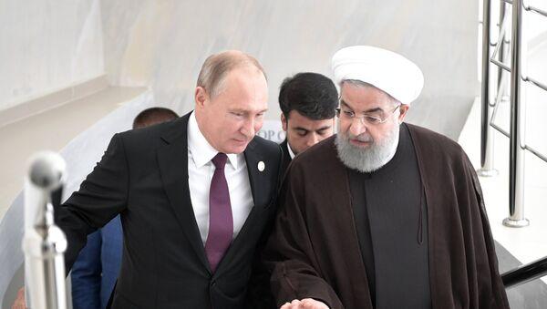 Председници Русије и Ирана, Владимир Путин и Хасан Рохани, на састанку у Актау - Sputnik Србија