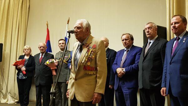 Ветеран Црвене армије на прослави Дана ослобођења Београда у Москви - Sputnik Србија