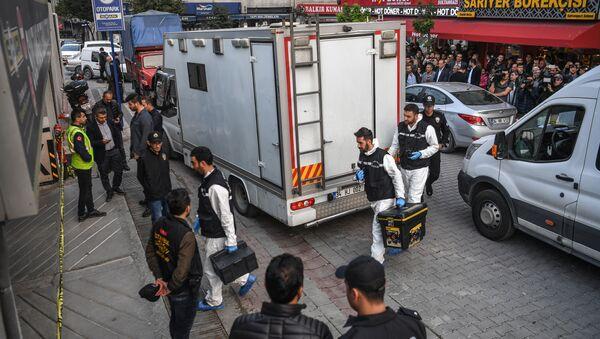 Форензичари у Истанбулу на месту открића аутомобила који је припадао конзулату Саудијске Арабије - Sputnik Србија