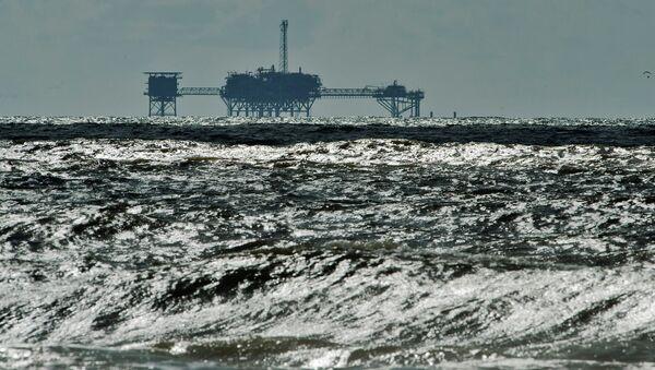 Naftna platforma u Meksičkom zalivu - Sputnik Srbija