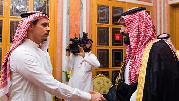 Салах Кашоги и саудијски принц престолонаследник Мухамед бин Салман - Sputnik Србија