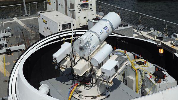Ласерски систем постављен на амерички разарач Дуи у Сан Дијегу - Sputnik Србија