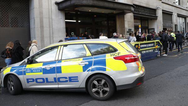 Полиција у Лондону после напада ножем - Sputnik Србија
