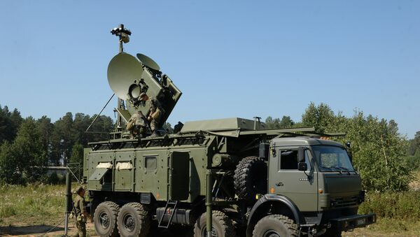 Kopneni višenamenski modul za ometanje Krasuha 4 na taktičko-specijalnim vežbama jedinica za radio-elektronsku borbu ruske vojske na poligonu Sverdlovski - Sputnik Srbija