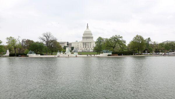 Поглед на амерички Капитол у коме се налази Конгрес - Sputnik Србија