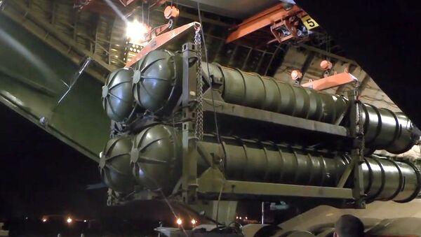 Lansirni protivraketni sistemi S-300 isporučeni Siriji avionom An-124-100 Ruslan - Sputnik Srbija