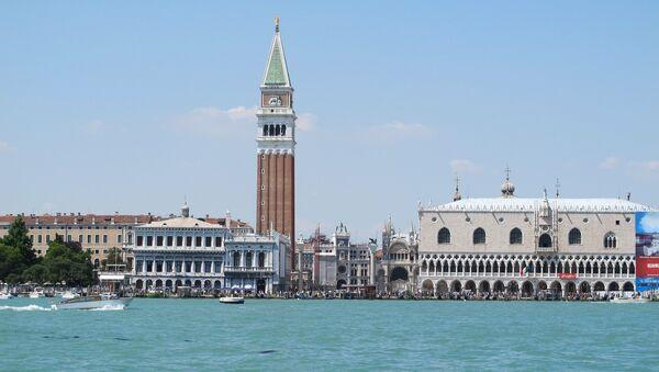 Venecija, pogled da Duždevu palatu - Sputnik Srbija