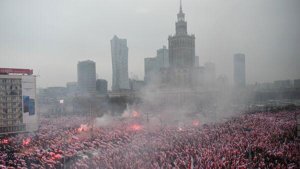 Марш независности у Варшави поводом обележавања стогодишњице независности Пољске - Sputnik Србија