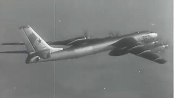 Ruski bombarder Tu-95 - Sputnik Srbija