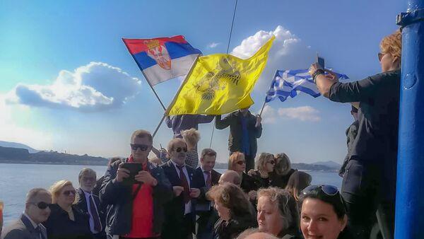 Срби са Крфа путују на Видо да одају почаст онима који нису преживели албанску голготу. - Sputnik Србија