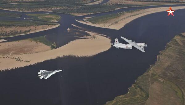 Dopuna goriva aviona Su-57 - Sputnik Srbija