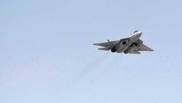 Вишенаменски ловац Су-57 на проби ваздушног дела Параде победе у Москви - Sputnik Србија