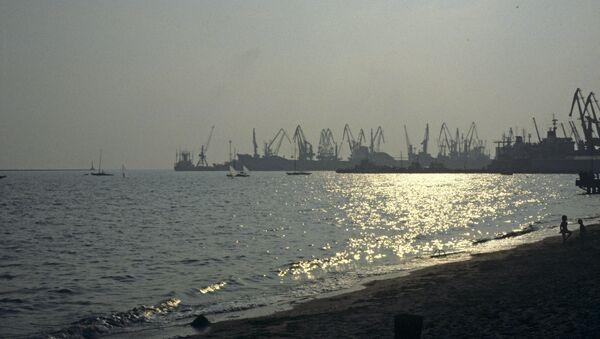Морска лука Бердјанск у Азовском мору - Sputnik Србија