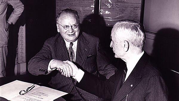 Maksim Litvinov i  Kordel Hal - Sputnik Srbija