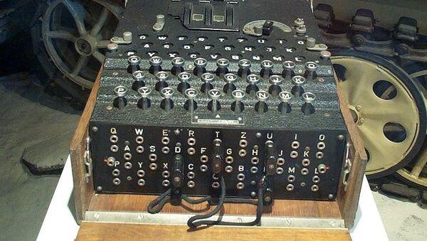 Mašina za šifrovanje radio-telegrafskih poruka Enigma - Sputnik Srbija