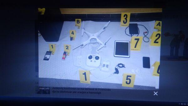 Косовска полиција је објавила ову фотографију на којој се налази, како наводе, оружје које је пронађено код ухапшених Срба. (Фотографије је објавио приштински сајт КОХА) - Sputnik Србија